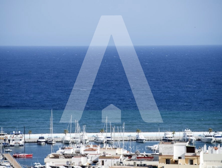 RESIZ_Can-LLuis-5-bedroom-House-for-Sale-in-Ibiza-8-886x670