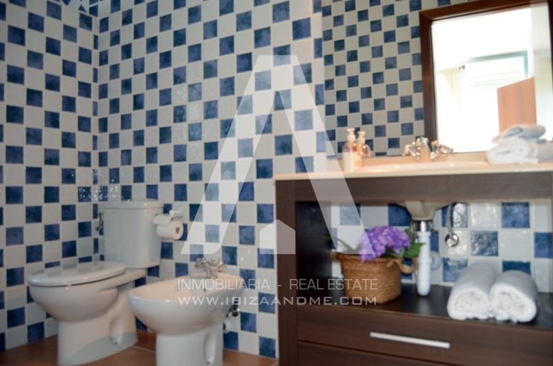 agua_casa-sant-llorenç-hab-doble-baño