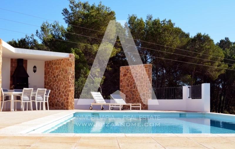 agua_casa-sant-llorenç-piscina