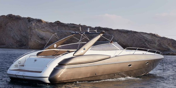 Sunseeker Superhawk 48 - 1